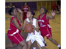Chasity House posted 15 points and grabbed nine rebounds in the Phoenix's 66-32 win over Willow Run Friday.